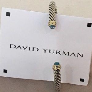 🔴Autehntic David Yurman Bangle 💖🎀
